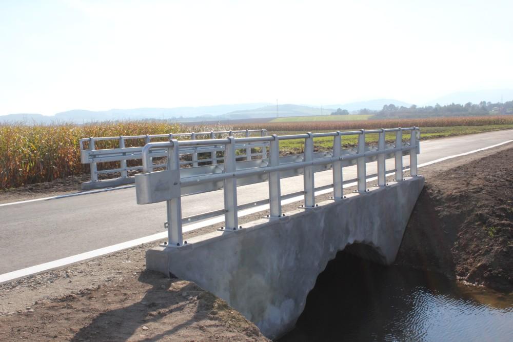 Most na drodze Bielawa - Piława Dolna