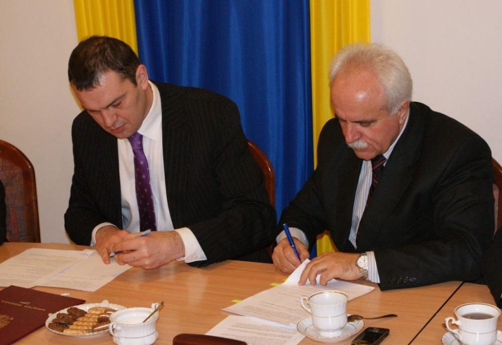 Plan B - podpisanie umowy